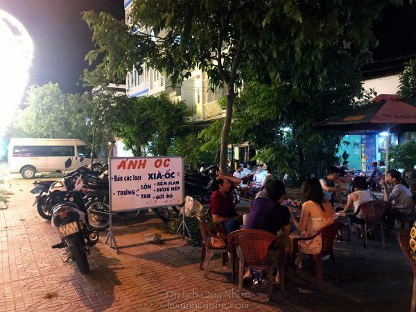 Quán Ánh Ốc, đường Nguyễn Tất Thành, Quy Nhơn