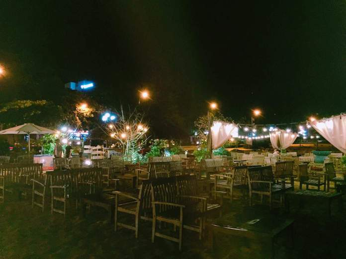 surfbar-coffeeshop-cafe-quynhon-binhdinh-thebroadlife-travel-vietnam