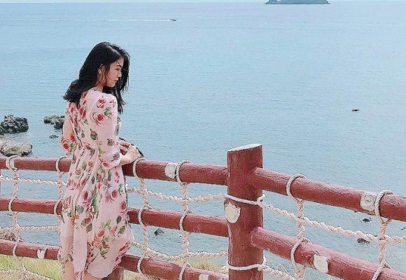 """Cách đó không xa, Eo Gió như """"thỏi nam châm"""" hút hàng triệu tín đồ du lịch bởi nơi đây được mệnh danh là điểm ngắm bình minh đẹp nhất Việt Nam - @tramngoc"""